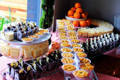 buffet-catering-service__O96p0H.jpg