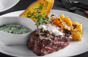blue-cheese-tenderloin__w65LW.jpg